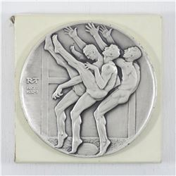 1932-3 Robert McKenzie's three punters Medallion issued by the Medallic art company Danbury, .999 Fi