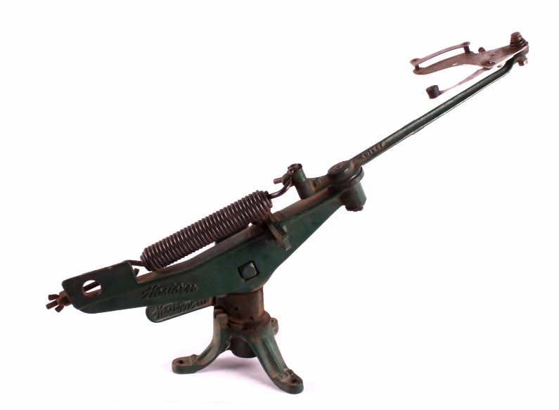 Cast Iron Winchester Western Clay Pigeon Thrower