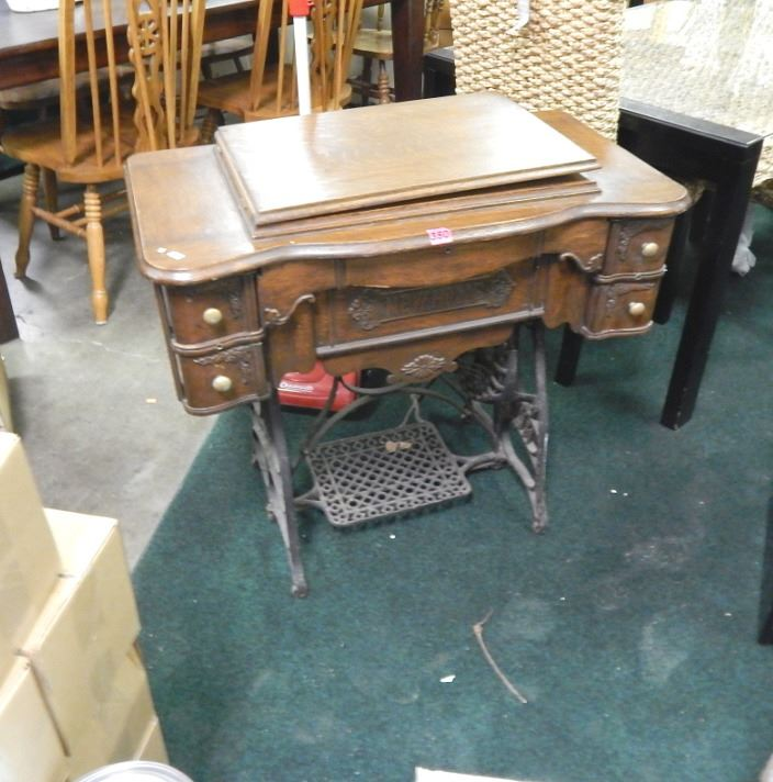SEWING MACHINE VINTAGE NEW HOME TREADLE SEWING MACHINE OAK CASE Gorgeous Antique New Home Treadle Sewing Machine Value