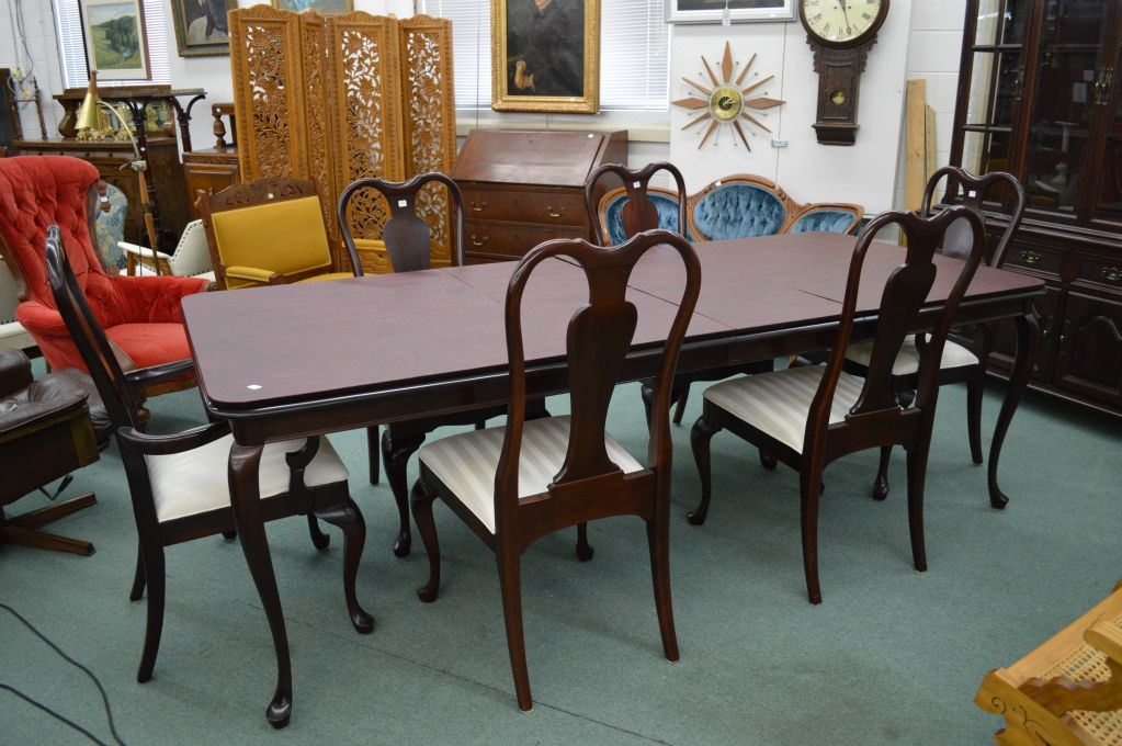 Image 2 Solid Mahogany Gibbard Canadian Legacy Dining Table With Three Skirted 16 Insert