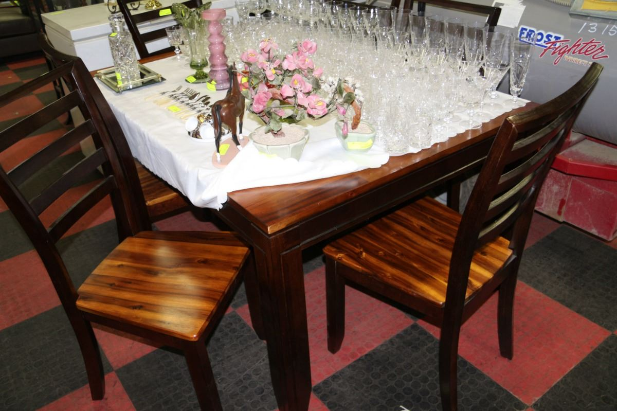 2 tone kitchen table w 6 chairs kastner auctions