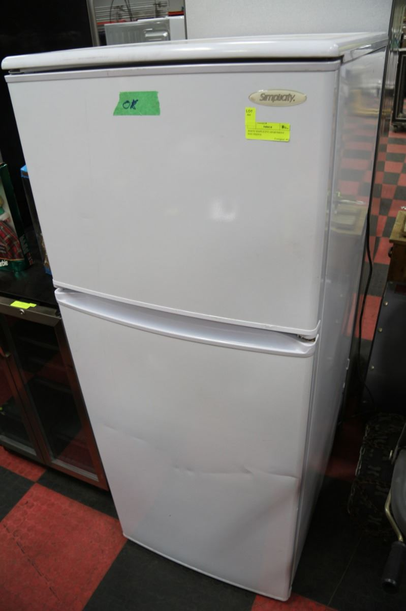 white simplicity apartment size fridge
