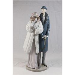 "Lladro Double Figurine, ""On the Town"""
