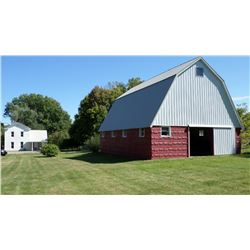 Historical Home & Barn / 1 Acre Lot