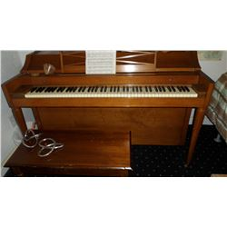 SPINET ACROCONIC PIANO & BENCH