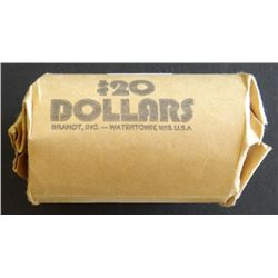 Morgan and peace silver dollars, 1 roll including: 2 x  22-D, 5 x 22-P, 2 x 22-S, 4 x 23-D, 25-P, 2