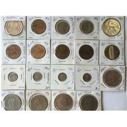 World lot: Mexico, centavos and pesos from 1967 to 1977 containing 19 coins total.