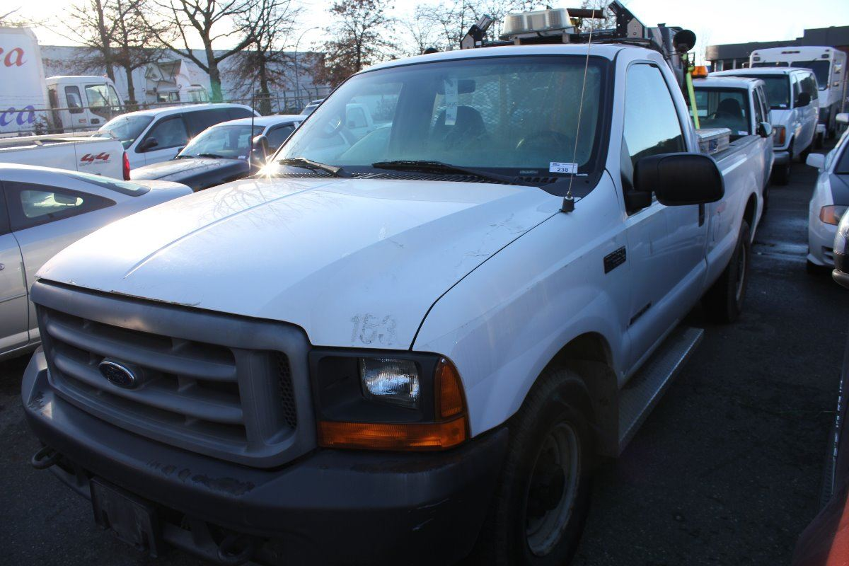 2001 ford f 250 xl super duty 2 door pu white vin 1ftnf20f91eb91152. Black Bedroom Furniture Sets. Home Design Ideas