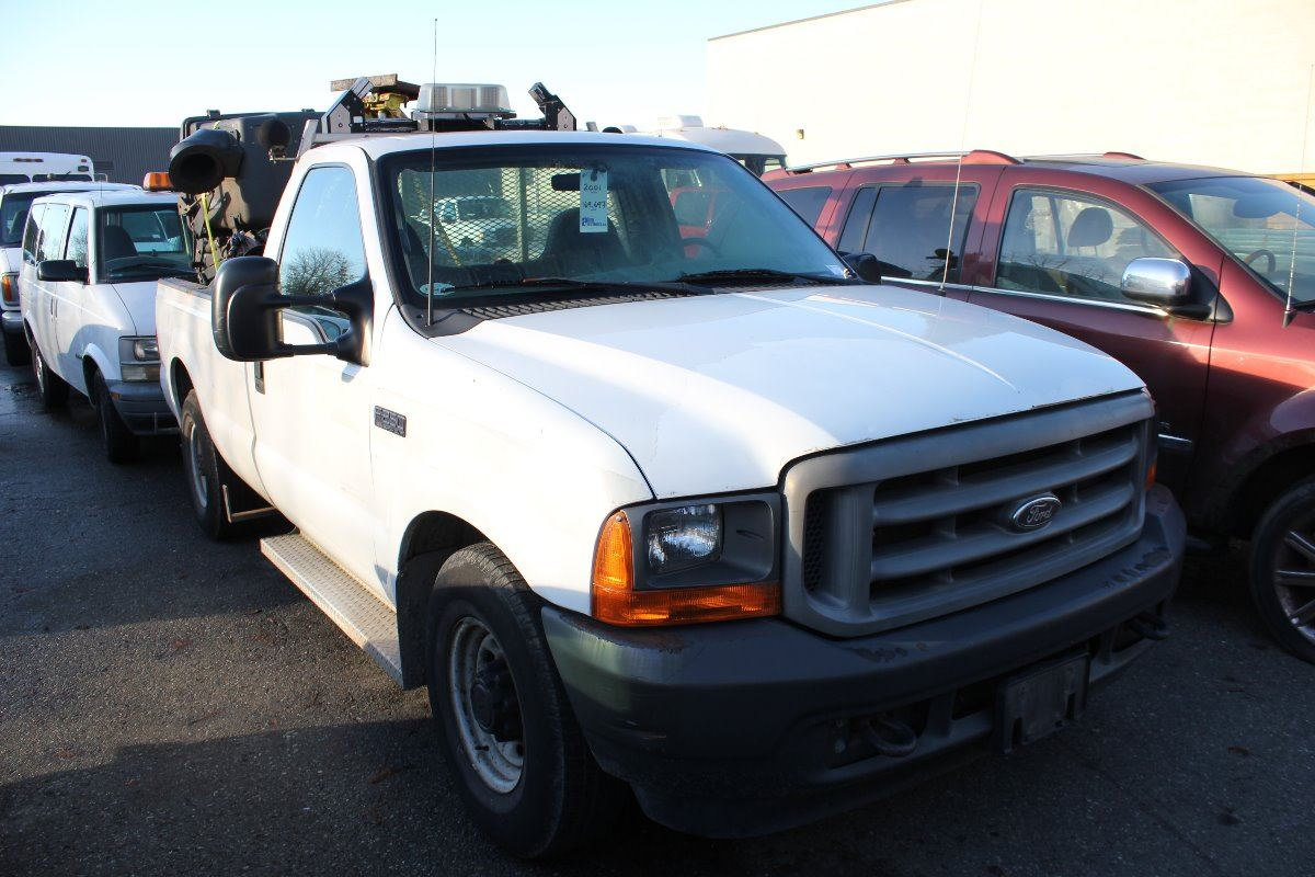 2001 ford f 250 xl super duty 2 door pu white vin 1ftnf20f91eb91152 able auctions. Black Bedroom Furniture Sets. Home Design Ideas