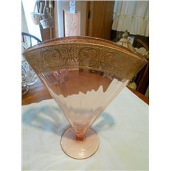 PINK DEPRESSION GLASS GILT FAN VASE