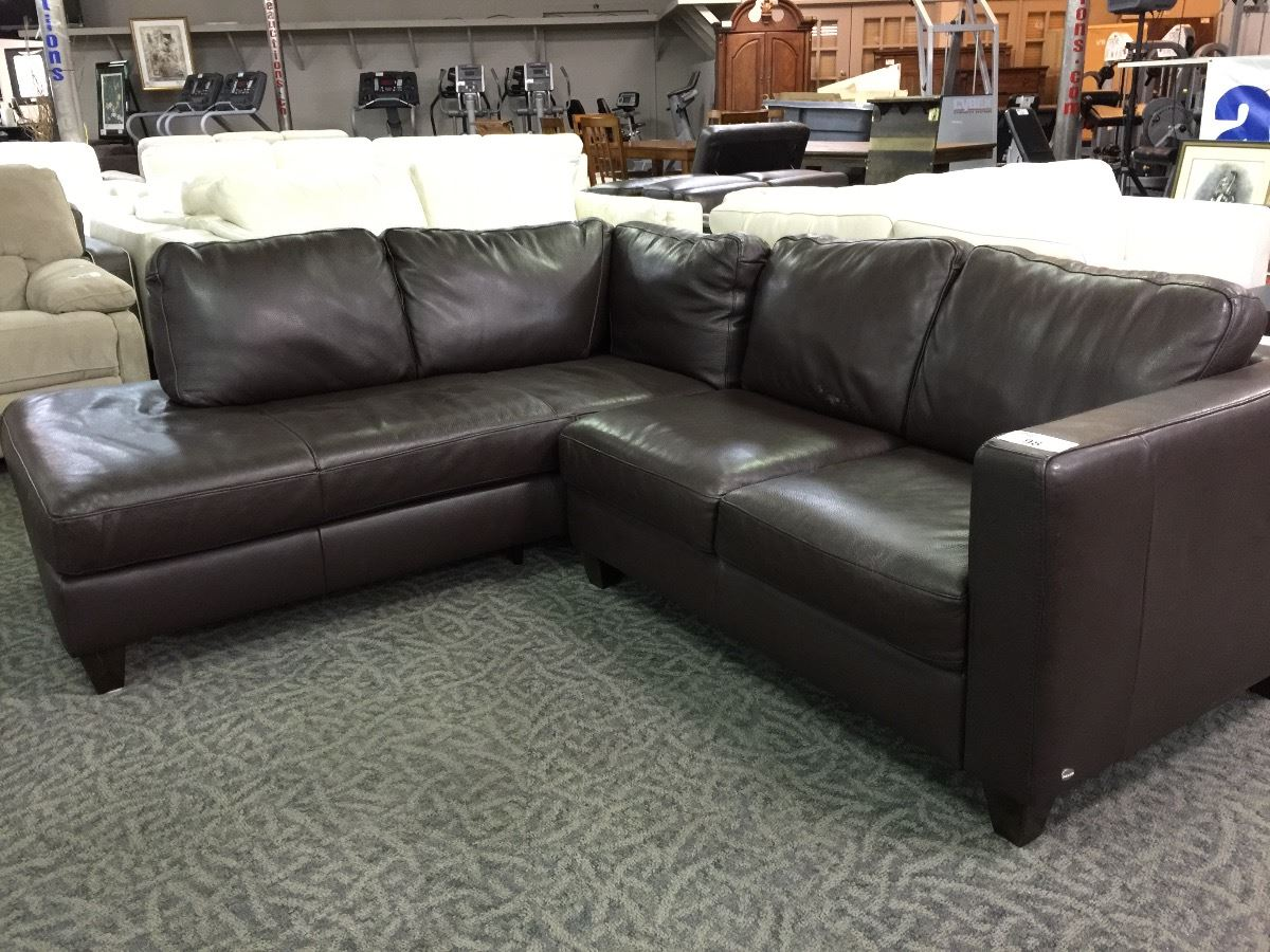Exceptionnel Image 1 : ITALSOFA BROWN LEATHER SOFA WITH CHAISE