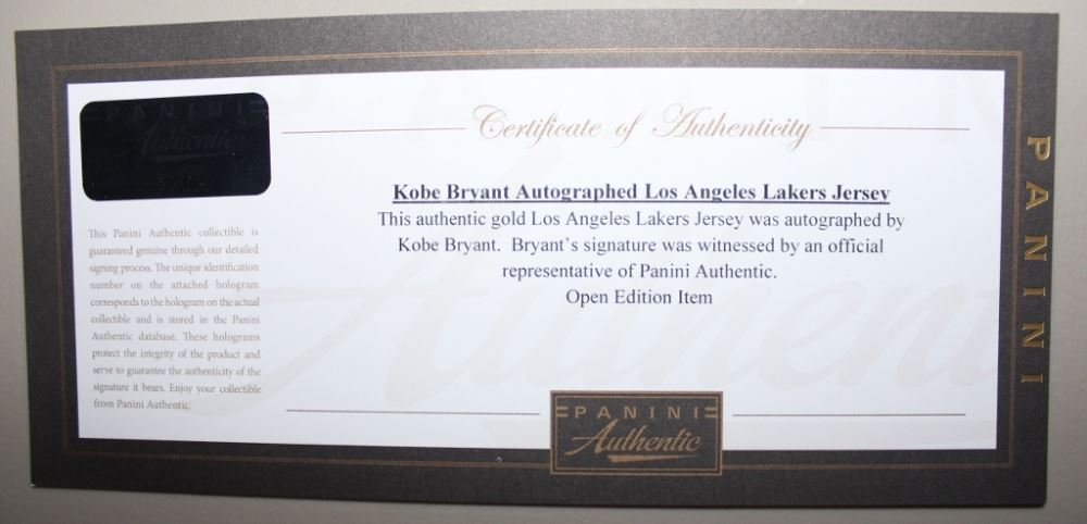 Kobe Bryant Signed Lakers 35\