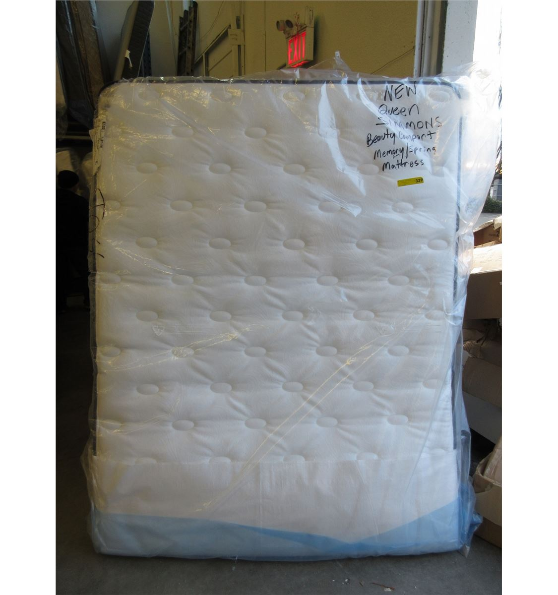 New Queen Size Simmons Mattress