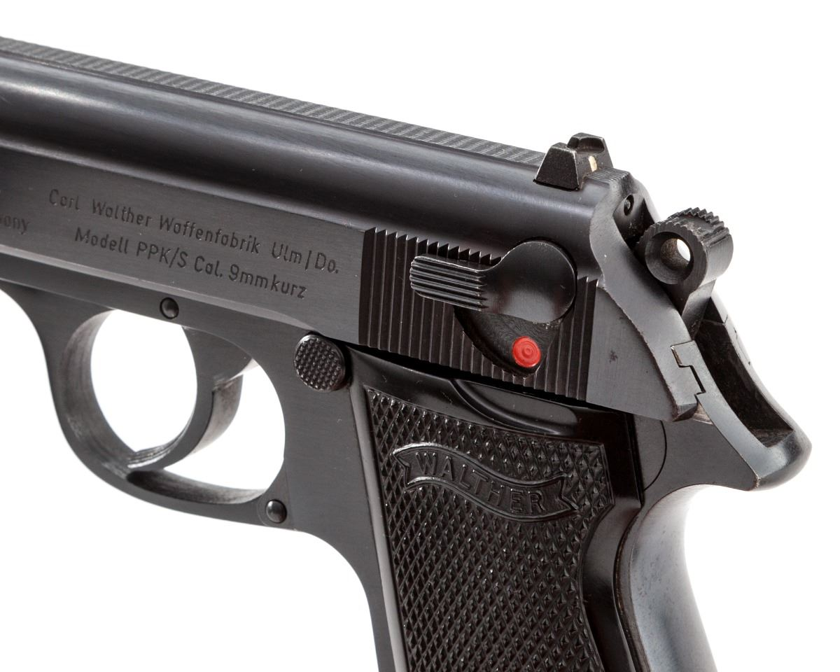 ... Image 2 : Walther PPK/S Semi-Automatic Pistol ...