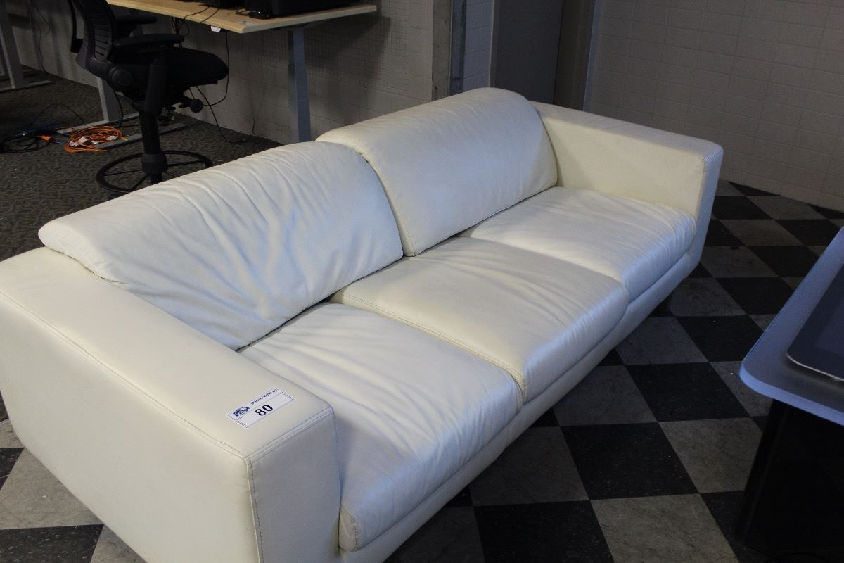Decoro Cream Leather 3 Seat Sofa With Matching Armchair