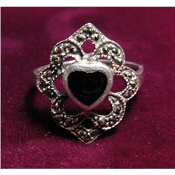 .925 Sterling Silver Ring w/Heart Onyx Stone