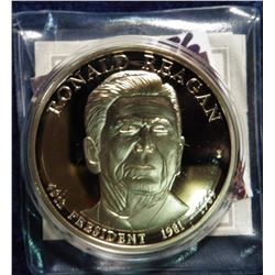 "2009 ""Presidential Dollar Trials - Ronald Reagan trial Coin."" Material: Cu, layered in 24k Gold; Qua"