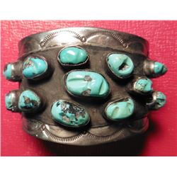 Tommy Moore' style Navajo Sterling Silver Turquoise Nugget bracelet Handmade. Twelve large Turquoise