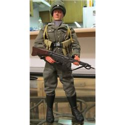 1/6 LIFE ACTION FIGURE OFFICER WWII MP-44 German Infantry Dragon