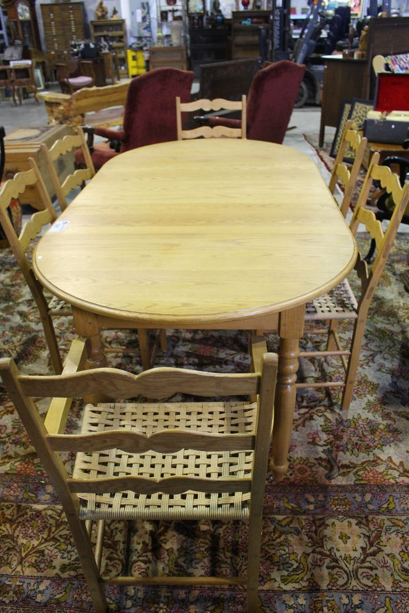 SOLID OAK DINING TABLE WITH 3 LEAVES AND 6 LADDER BACK  : 239462761 from bid.ableauctions.ca size 800 x 1200 jpeg 169kB