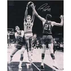 Rick Barry Signed Oaks 16x20 Photo (Schwartz COA)