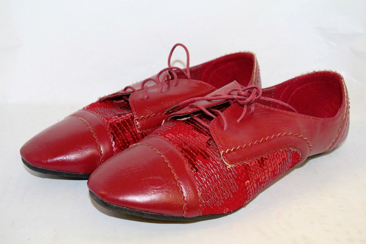 LADIES RED LEATHER STYLE & SEQUIN DRESS SHOES