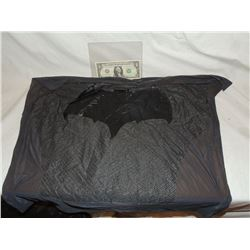BATMAN VS SUPERMAN CHEST GLYPH WITH COSTUME MATERIAL