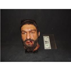 300 RISE OF AN EMPIRE SCREEN USED HERO KING LEONIDAS SEVERED HEAD LIFE SIZE