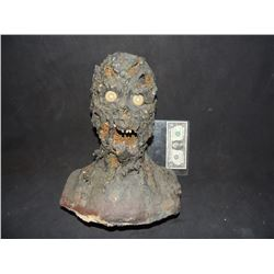 BLOODY ROTTEN ZOMBIE MUMMY BUST WITH ACRYLIC EYES
