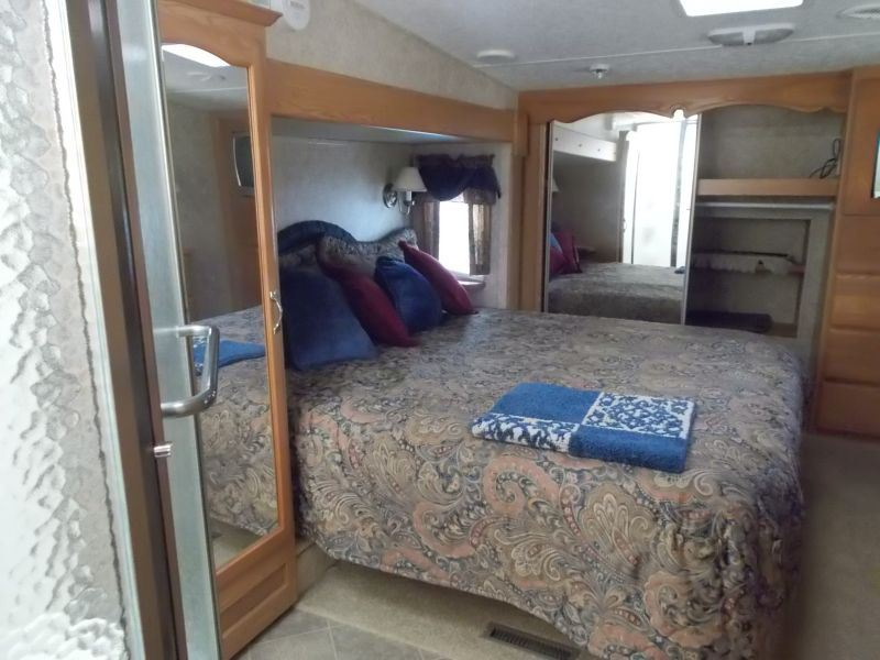 2006 montana travel trailer s n d518598 4 slide outs for 1 bedroom rv