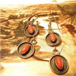 Pair of Coral Dangle Silver Earrings. Zuni Style.