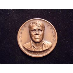 "ROBERT FROST 1 1/4"" HIGH RELIEF BRONZE MEDAL"