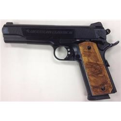 *NEW* AMERICAN CLASSIC GOV II 1911 45ACP 8+1 Hardwood Grip Blued 094922796424
