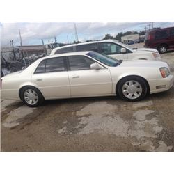 2002 Cadillac DTS, starts and runs and drives good. A Lot of Car for Little Money, Dash Lights Out.