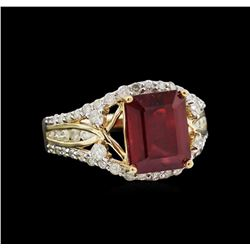 5.38ct Ruby and Diamond Ring - 14KT Yellow Gold