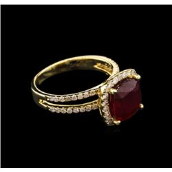 3.69ct Ruby and Diamond Ring - 14KT Yellow Gold