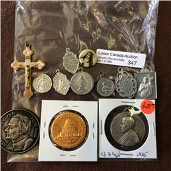 Assorted religious medal, lot of 12 pieces.