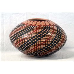 Mexican Mata Ortiz Eye Dazzler Seed Jar by R Gaona