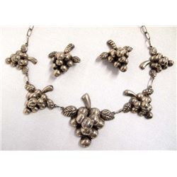 Mexican Silver Necklace and Clip On Earrings