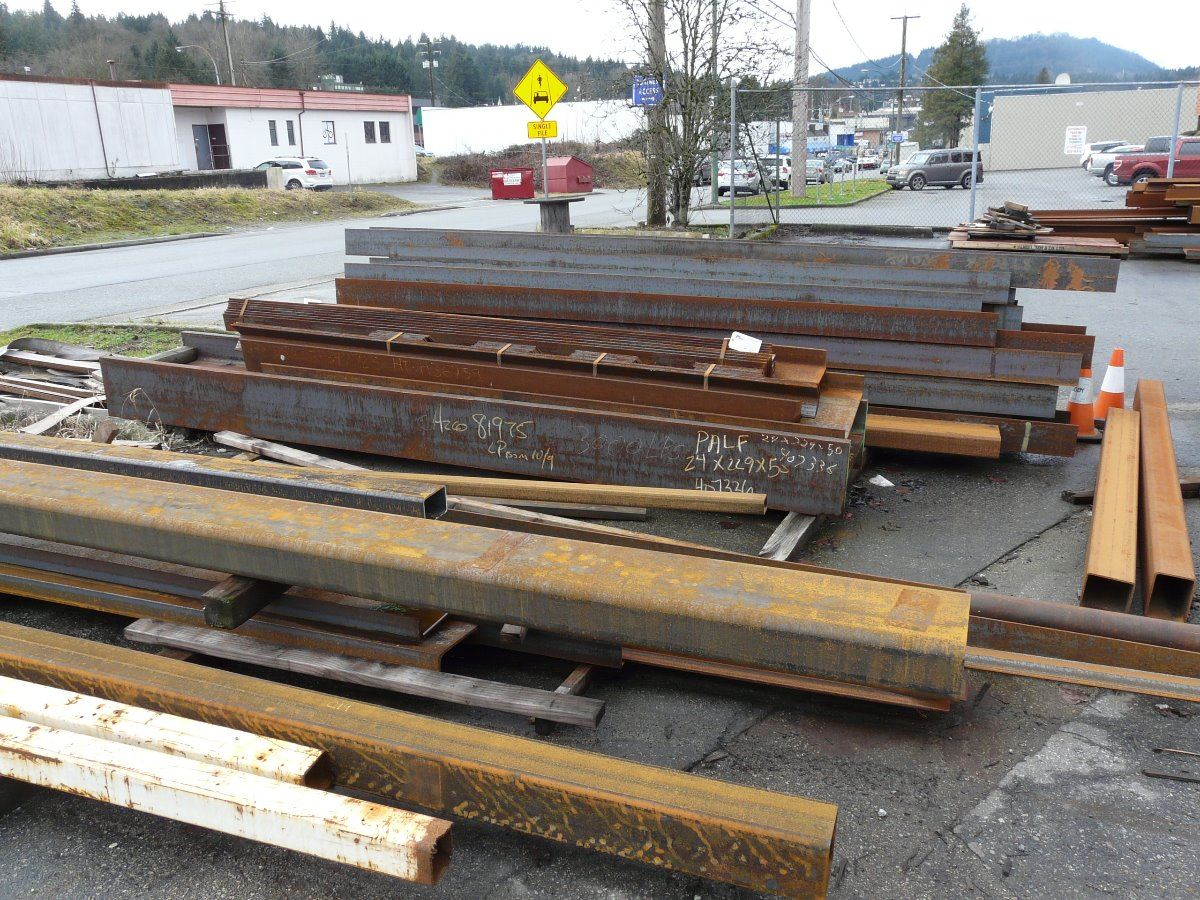 Large lot of steel ibeams square hollow rectange