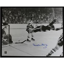 Bobby Orr Signed Bruins 16x20 Photo (Bobby Orr COA)