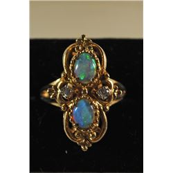 VINTAGE 14k YELLOW GOLD OPAL & DIAMOND RING SIZE 7