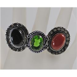 3 GERMAN SILVER RINGS: PERIDOT SIZE 9, RED ONYX SIZE 6 & BLACK ONYX SIZE 9