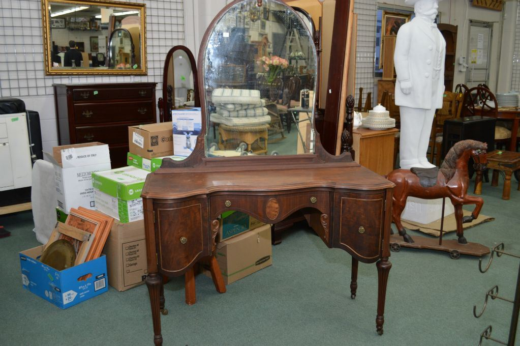 Image 1 : Antique French style walnut mirrored vanity with curved front  door and tall reeded ... - Antique French Style Walnut Mirrored Vanity With Curved Front Door