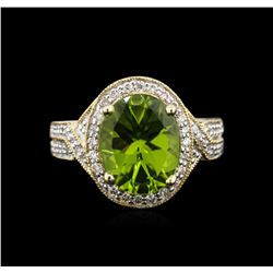 4.23ct Peridot and Diamond Ring - 14KT Yellow Gold