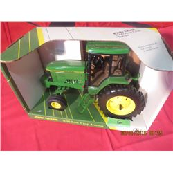 1/16 Scale John Deere 7600 Row Crop #5627