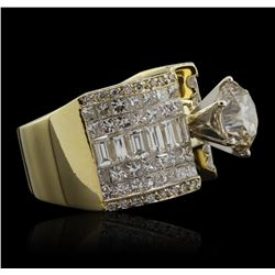 18KT Yellow Gold 5.61ctw Diamond Ring