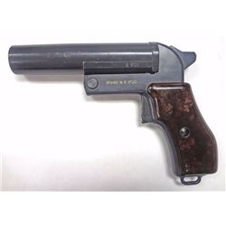 Czec Flare Pistol Model SHE68  E1720. USED.