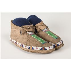"""Sioux Beaded Man's Moccasins, 10"""" long"""