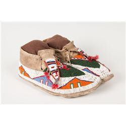"Sioux Beaded Man's Moccasins, 10 ½"" long"